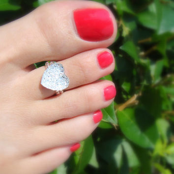Toe Ring - Glitter Resin Heart - Flat Back - Stretch Bead Toe Ring