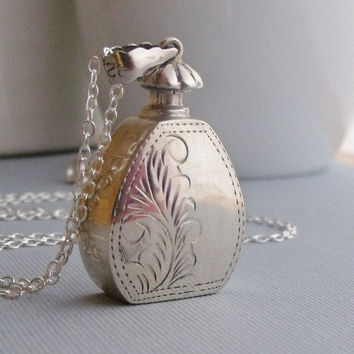 Vintage Pendant Necklace, Sterling Silver Perfume Bottle, Vintage Jewelry, Long Necklaces, Sterling Silver Jewelry