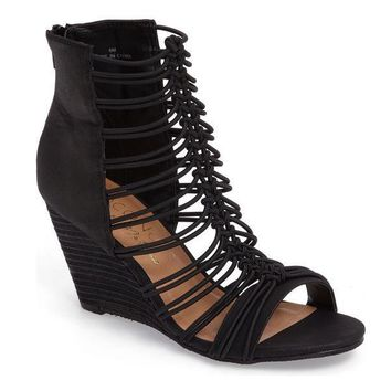 MDIGYW3 Coconuts by Matisse Parade Black Stacked Wedge