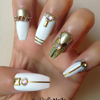 Gold on White False Nail Set