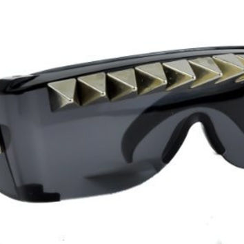 Dark Lens Pyramid Stud Spike Sunglasses