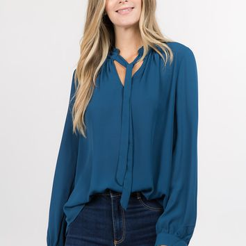 Chiffon V Neck Tie Top in Peacock