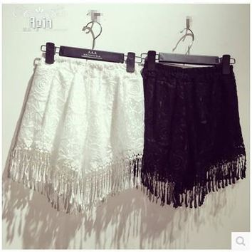 2016 Lace crochet joker pure color female fringed edge hot shorts The most beautiful shorts to send his girlfriend