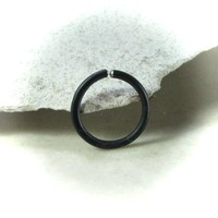 Nose Ring Niobium Endless Black Hammered