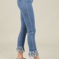 POL Cropped Jeans with Frayed Hem