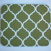 Mouse Pad mousepad / Mat - Rectangle or round - Trellis in moss green