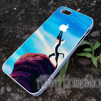lion king monkey catch apple case for iPhone 4/4s/5/5s/5c/6/6+ case,iPod Touch 5th Case,Samsung Galaxy s3/s4/s5/s6Case, Sony Xperia Z3/4 case, LG G2/G3 case, HTC One M7/M8 case