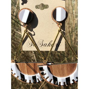 Semicircle black and white large dangle