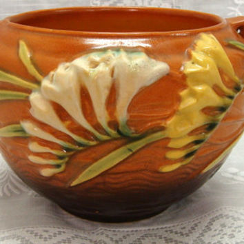 Roseville Pottery Freesia Jardiniere 669-4 Terracotta Orange Brown