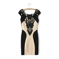 Floral Bodycon Dress with Lace Detail DDP