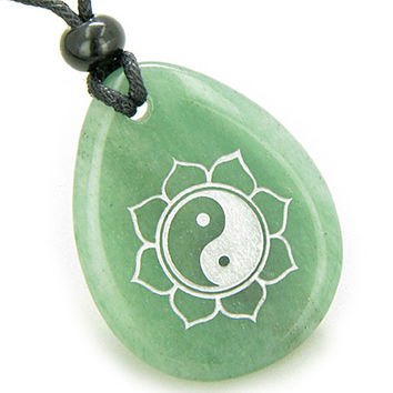 Magic Ying Yang and Lotus Sun Circle Amulet Green Quartz Pendant Necklace