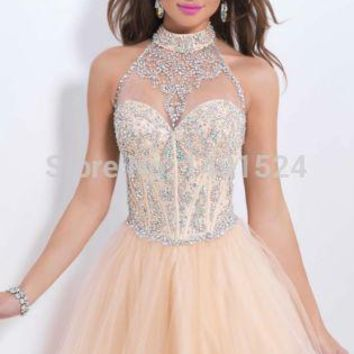 2015 New Fashion Homecoming Dresses Sexy Halter Mini Chiffon Short Crystal  Bodice Short Prom Dress Party 55ab419e673e