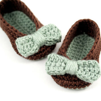 Crochet Ballet Slippers with Bows // Chocolate and Mint, Brown and Green // 0 to 3 Months // Baby Girl