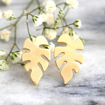 Palm Tree Earrings, Tropical Earrings. Gold Palm Tree Earrings, Tropical Wedding, Gift For Her, Gold Palm Studs, Palm Leaf Studs, Gold Studs