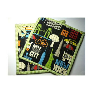 Potholders, Hot Pads, Trivet, Kitchen Accessories, Novelty Potholders, New York New York,Quilted,Black/White,(2) Housewares