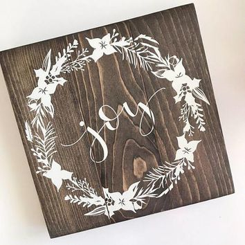 Country Gift Collection - Joy - Rustic Wood Country Wall Decor