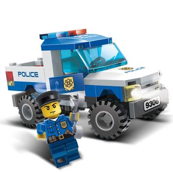 84Pcs Children Blocks Toys Police car Blocks Toys Assembled Building Educational Toys for Kids compatible with city blocks
