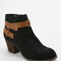 Urban Outfitters - Dolce Vita Jackson Ankle Boot