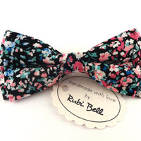 Bow Tie - floral bow tie - wedding bow tie - bow tie with flower pattern - man bow tie - flowers bow tie - men bow tie - gifts for him