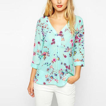Top Design Chiffon Blouses 3/4 Sleeve V-Neck Blouse Elegant Floral Printed Blouse Casual Loose Shirt Feminino Blusa Tops BM6619