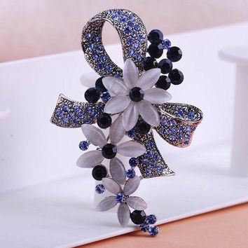 ICIK272 Pretty Elegant Antique Silver Plated Flowers Brooches with Opals Full Crystals Broches Scarf Pins Accessories Bouquet Wedding