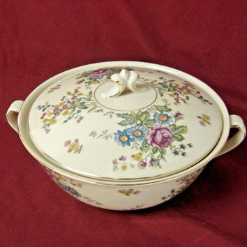 Royal Epiag Czechoslovakia china dinnerware Greta Covered Vegetable bowl