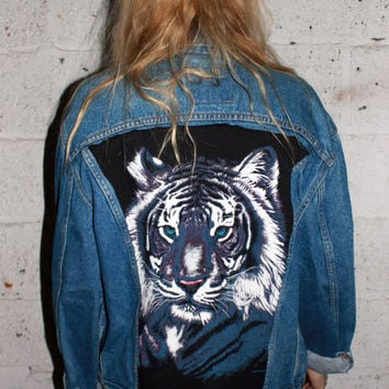 White Tiger Vintage Levi's Denim Jacket / Hipster Tiger Long Sleeve / Animal Back Patch Jean / One of a Kind Reconstructed Vintage