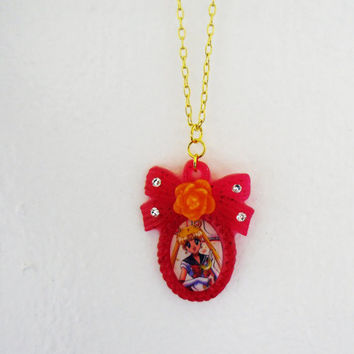 Sailor Moon Necklace by MyBoxcreations on Etsy