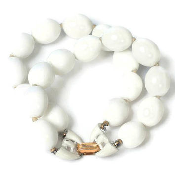 Crown Trifari White Bead  Bracelet Two Strand Vintage Summer Resort Beach