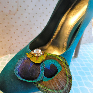 Natural Peacock Feather Shoe Clips by Lucyohlucy on Etsy