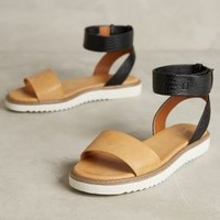 Lien.Do by Seychelles Miramar Sandals