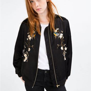 2016 Fashion Bird Plum Flower Embroidery Womens Bomber Jacket Baseball Ladies Pilots Outerwear Harajuku Black Coat