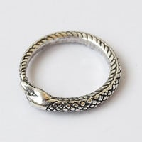 Snake eat tail, Snake eat tail ring, Snake ring, Snake jewelry, Snake rings, Ring with snake, Silver ring, Silver jewelry, Silver 925 ring