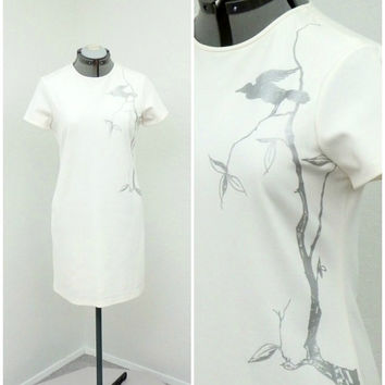 Vintage 90s Does 60s Mod White Shift Dress, Cynthia Rowley, Silver Metallic Bird Print, Short Sleeve, Loose Fitting Casual Summer Dress