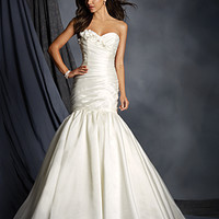 Alfred Angelo Signature Wedding Dresses Style 2521