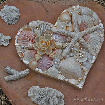 Seashell Heart, Beach Wedding Decor, Seashell Decoration, Coastal Decor, Heart Mosaic, Heart Wall Art, Heart Painting, Mixed Media Heart