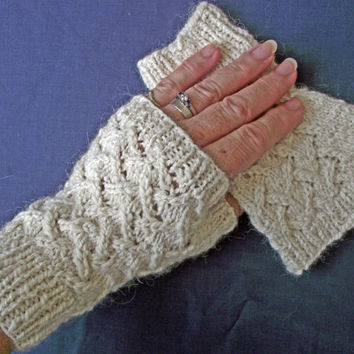 Luxury White Fingerless Gloves, Alpaca Silk, Merino, Handspun, Off White, Cream Mitts, Texting Gloves,  Hyperallergenic Knitted Wristwarmers