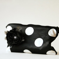 Polka Dots Black and White Clutch, Polca dots purse, Silk clutch, Black and white prom clutch, Wedding Clutch