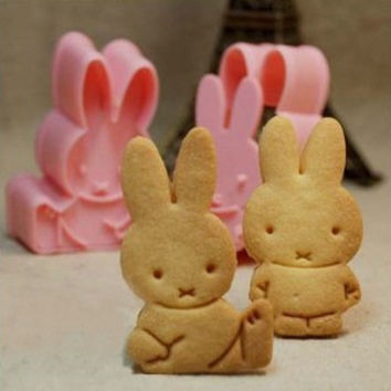 Cute Hot Sale Home Stylish Hot Deal Easy Tools Kitchen Helper On Sale Rabbit Baking Tools Diy Biscuits Tools 2 Pcs Mould [6268314502]