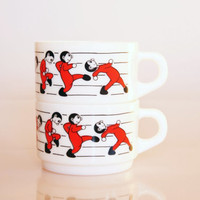 Retro walking man mugs, vintage La Linea style cups, 1960 walking ware mugs, French Arcopal white red soup bowls, animation style kitchen