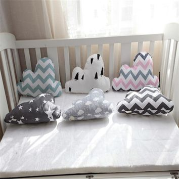 Hot Selling Comfort Cloud Pattern Throw Pillow Office Back Cushion Baby Room Decorative
