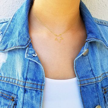Invisible Star Charm Choker - 18k Gold Plated
