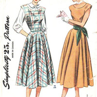 1940s Sewing Pattern Simplicity 2313 Garden Tea Dress Jumper Scoop Neck Button Front Dress Peter Pan Collar Bust 34