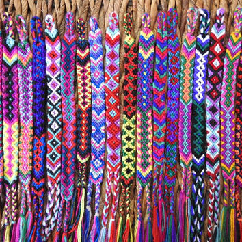 Handmade Mexican friendship bracelet / Traditional Mexican hand woven adjustable anklet or bracelet in various colours!