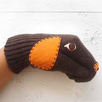 VALENTINE'S DAY Gift, Dog Gloves, Puppet Dogs, Brown, Animal Lovers, Dogs, Special Gift, Xmas Gift, Valentine's Gift, Dog Lovers, Fun Gloves