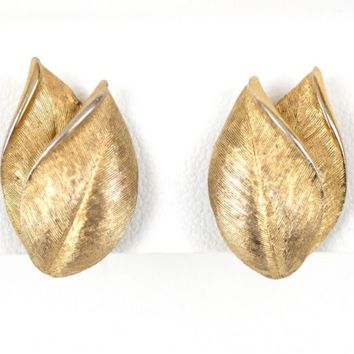 Leaf Clip On Earrings .9 inch x .5 inch Vintage Marvella Gold Tone