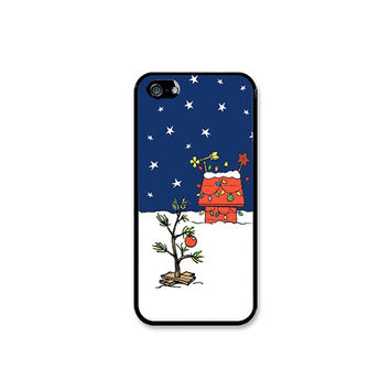 Charlie Brown Inspired Christmas Tree Phone Case! Choose iPhone 4/4s, 5/5s, 5c or Galaxy S3, S4, S5.