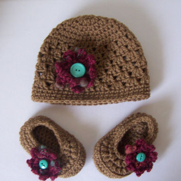 SALE crochet baby hat and bootie set brown by stitchesbystephann