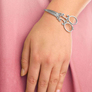 ModCloth Quirky One Thing's for Shear Bracelet in Silver