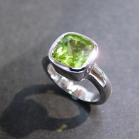 Cushion Peridot Engagement Ring In .. on Luulla